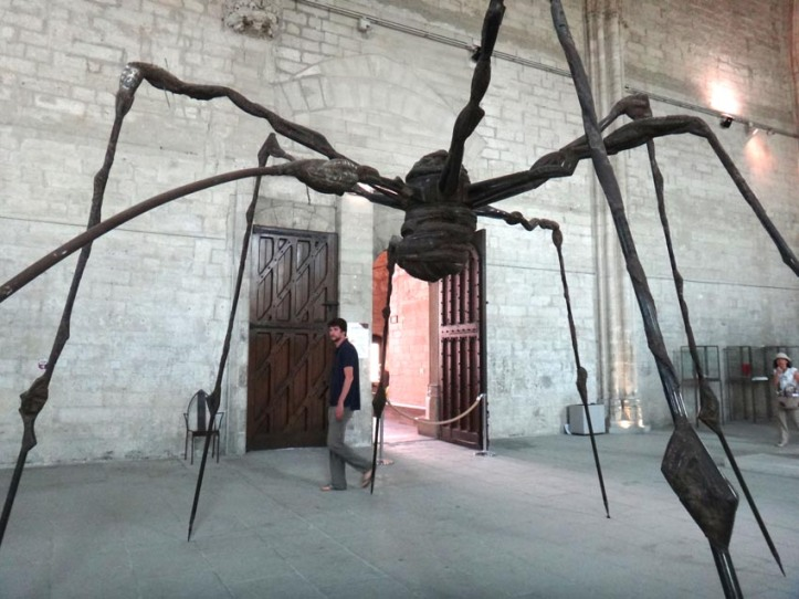 Spider in Avignon (Louise Bourgeois)