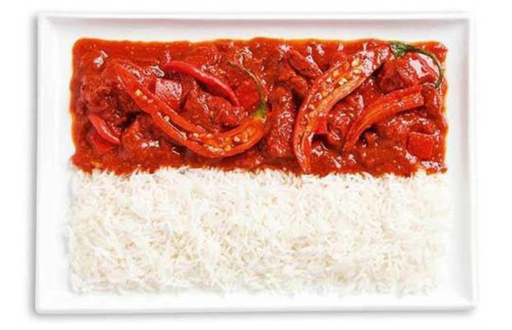 Steagul Indoneziei din curry picant si orez (Sambal)